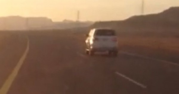 """مواطن يوثق سيارة """"ساهر"""" تتجاوز السرعة القانونية بتبوك - المواطن"""