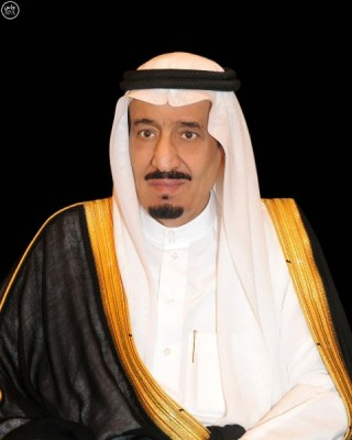 الملك مغرداً : دعواتي أن يكون رمضان شهراً مباركاً على الشعب والأمتين