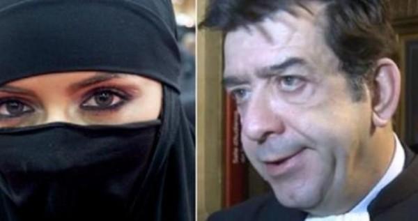 استاذ فرنسي يجبر خروج طالبة مسلمة