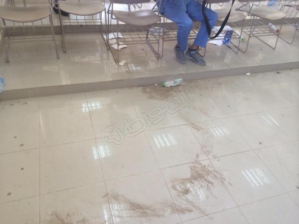 """بالصورة.. قاعات متسخة بلا مكيفات تثير استياء طلاب """"علوم"""" #الطائف - المواطن"""