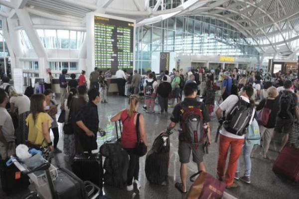اغلاق-مطارات-اندنوسيا