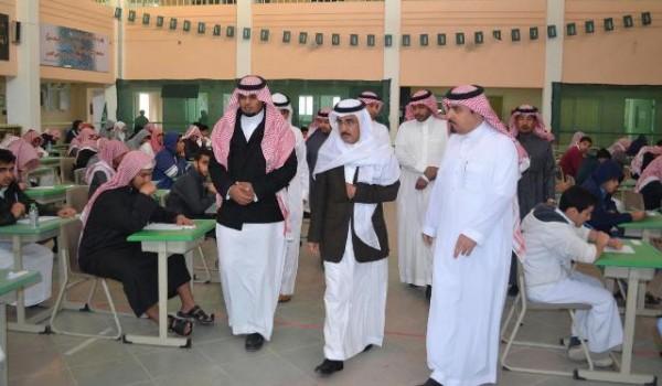 قادة وزارة التربية في جولات ميدانية لتفقد سير الاختبارات بالرياض (2)