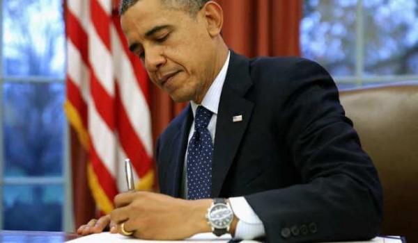اوباما-يوقع