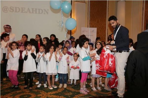 """عائلات سعودية تكون فريقا لدعم أسر الأطفال المصابين بـ""""السكري"""" بالشرقية - المواطن"""