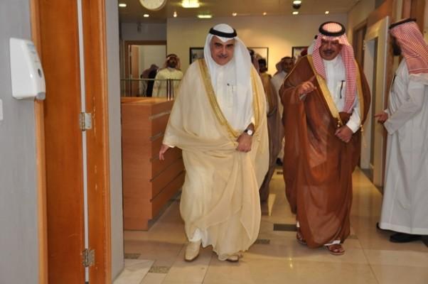 """أمير الباحة يلتقي """" فقيه """" ويبحثان احتياجات المنطقة الصحية - المواطن"""