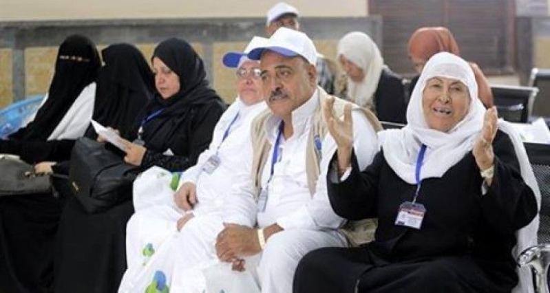 ضيوف خادم الحرمين الشريفين من ذوي شهداء فلسطين يغادرون معبر رفح