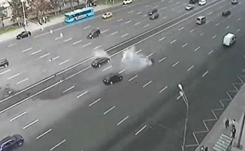 بالفيديو.. حادث مروع لسيارة الرئيس الروسي ومقتل سائقه