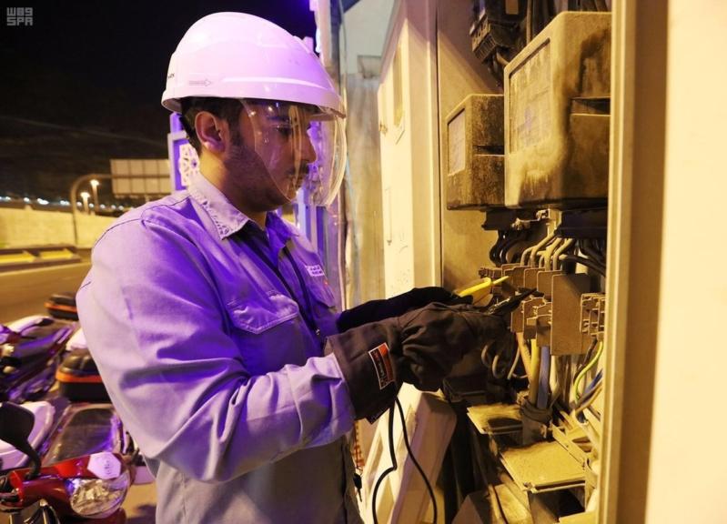عن بعد.. الشركة السعودية للكهرباء ترصد الأعطال بالمشاعر المقدسة