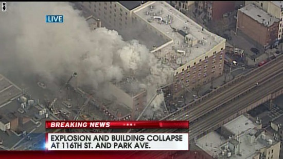 Authorities respond to massive explosion in Manhattan, New York