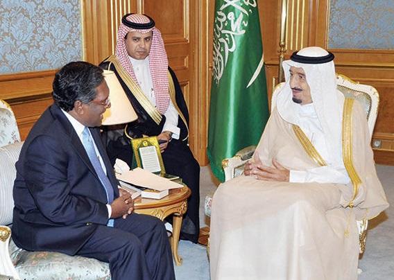 الأمير سلمان مع رئيس المالديف