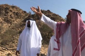 بالصور.. رئيس بلدية أضم يطلع على مطالب أهالي الفحو - المواطن