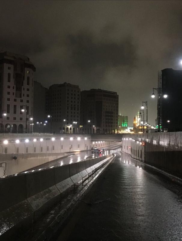 أمطار غزيرة وبرد على المدينة المنورة