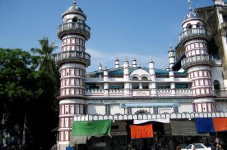 منع مسلمي الروهينجا في #ميانمار من الاحتفال في أقدم جامع - المواطن
