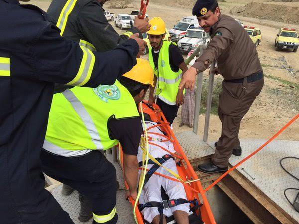 بالصور.. انتشال جثة مواطن من أحد آبار #الباحة1
