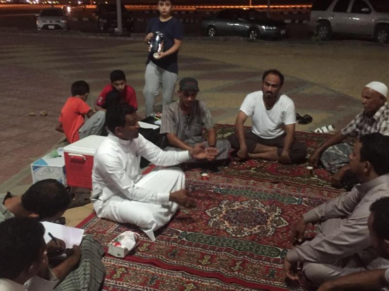 أصحاب قوارب النزهة بمرسى غدير يناشدون وزير السياحة بإنقاذهم من مكتب الساعة