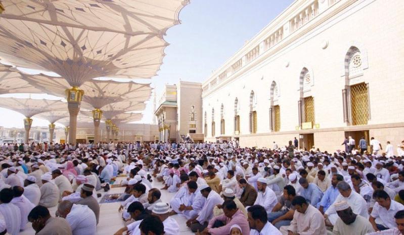 آل الشيخ من المسجد النبوي : بهذه الطريقة يرتفع الشقاء عن الحياة ويزول عن الدنيا والآخرة العناء