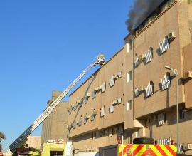 حريق بـ #سكاكا والنوافذ الحديدية كادت تسبب كارثة - المواطن