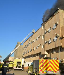 حريق بـ #سكاكا والنوافذ الحديدية كادت تسبب كارثة
