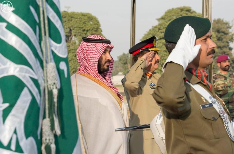 تفاصيل لقاء #ولي_ولي_العهد مع قائد جيش #باكستان