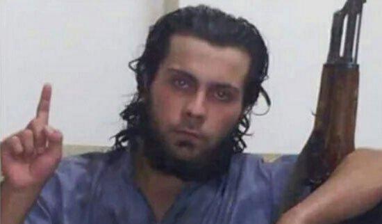 """""""داعشى يقتل والدته بتهمة الردة  http://s.youm7.com/2528945"""