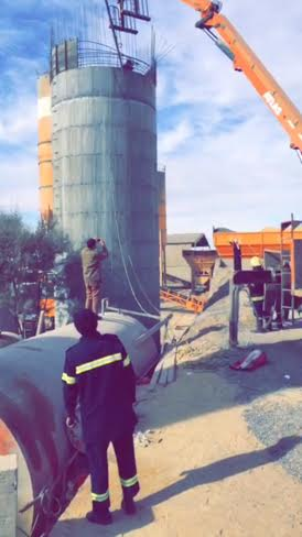 سقوط 4 عمال في خزان بـ #طبرجل