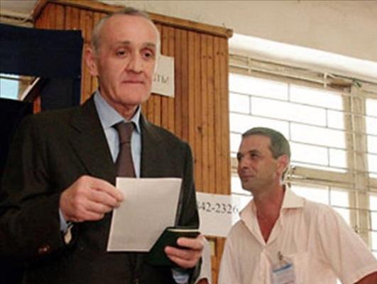 الرئيس الأبخازي ألكساندر أنكفاب
