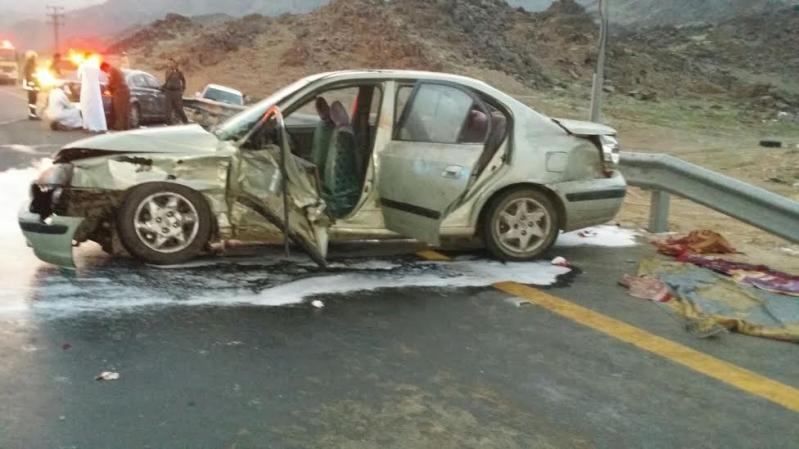 بالصور.. إصابة 6 أشخاص في حادث مروري بطريق #الخواجات123