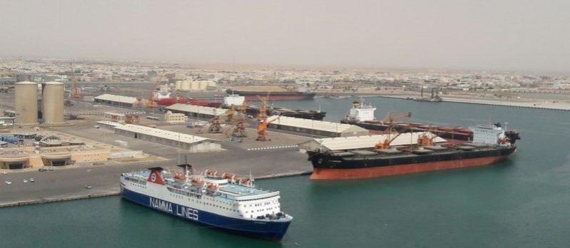 أكبر ناقلة بتروكيماويات في العالم تصل إلى ميناء ينبع