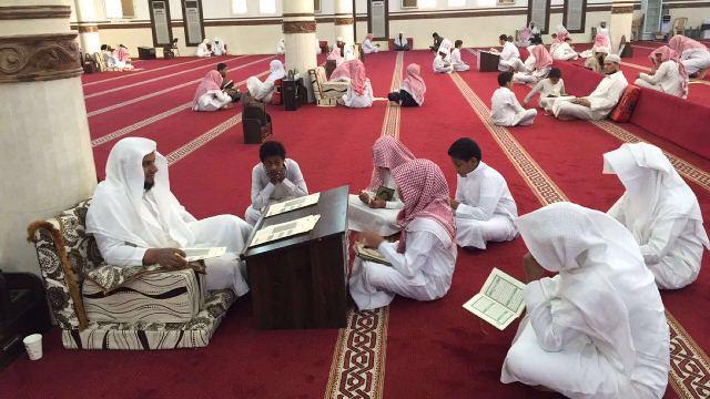 130طالبا يشاركون في يوم الهمة بمجمع القراء بالرياض (3)