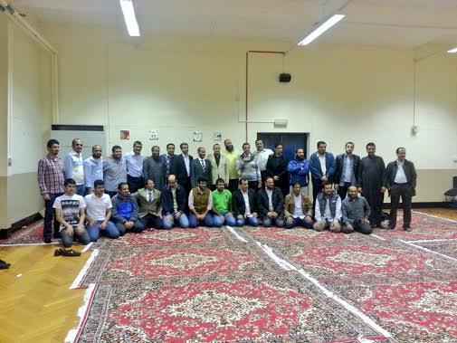 النادي السعودي بنيوكاسل يودع المطيري بالورود والهدايا - المواطن