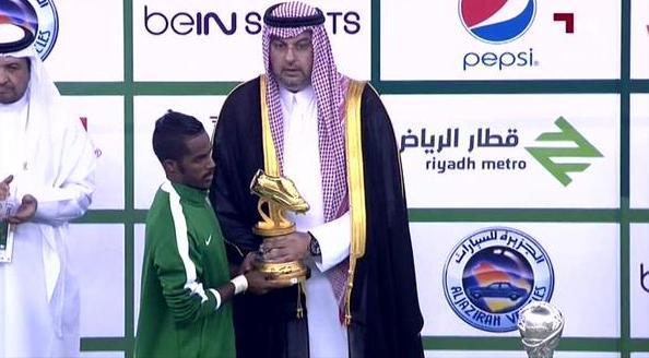 بالصور .. نواف العابد أفضل لاعب وبرهان أفضل حارس ومبخوت الهداف - المواطن