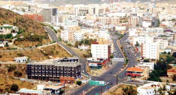 شرطة الباحة تقبض على قرابة ٧٠٠ مخالف لنظامي الإقامة والعمل - المواطن