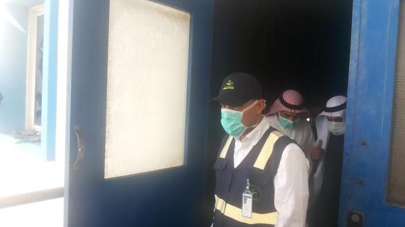 نائب وزير الصحة يزور موقع #حريق_مستشفى_جازان_العام15