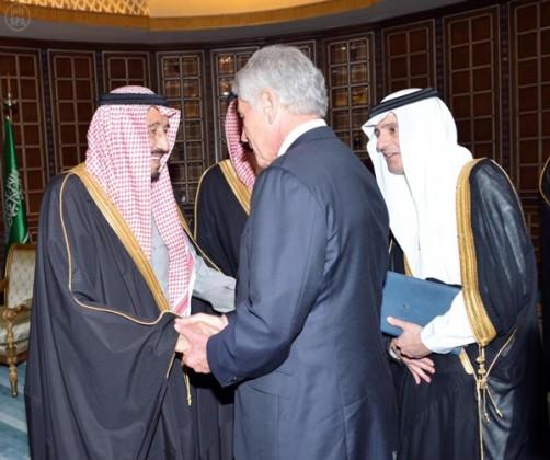 الأمير سلمان بن عبدالعزيز آل سعود - ولي العهد ، وزير الدفاع-  وزير الدفاع الأمريكي - تشيك هيجل
