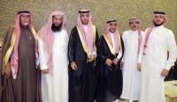 """أبناء """"الخميس"""" يحتفون بزواج عبدالله"""