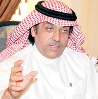الدكتور عبدالعزيز الملحم المتحدث باسم وزارة الثقافة والإعلام