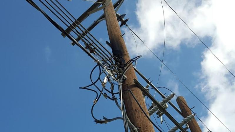 بالصور.. أهالي حي الوصيف بـ #الطائف بلا كهرباء منذ الصباح2