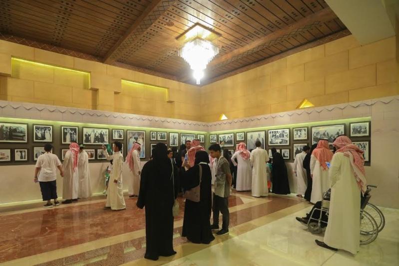 20-ألف-زائر-في-ختام-جولة-في-قصر-الحكم-55