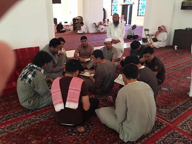 2000 وجبة إفطار يومياً ودورات متخصصة بلغات عدة في الرياض (1) 