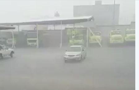 بالفيديو انطلاق صافرات الإنذار في صلالة مع وصول مكونو