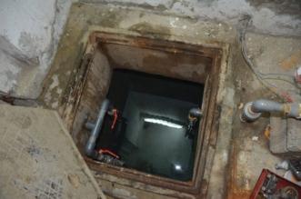 انتشال جثة سيدة سقطت في خزان مياه بفناء منزلها بجدة - المواطن