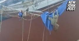 شاهد.. انهيار سقالة يقتل عاملًا ويصيب 3 آخرين - المواطن