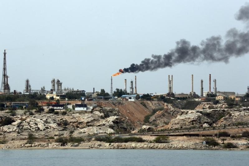 صعود أسعار النفط.. ومزيج برنت يرتفع 0.8%