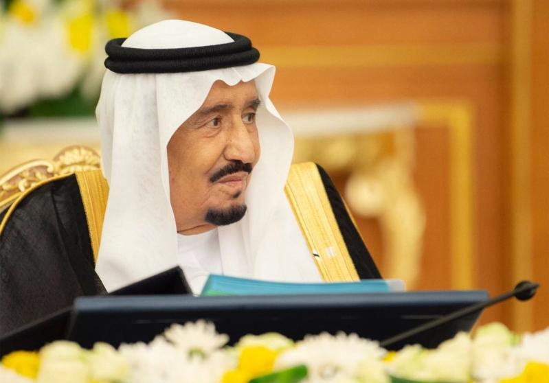 برئاسة الملك.. الوزراء يوافق على إيقاف النساء اللاتي يرتكبن المخالفات المرورية في رعاية الفتيات