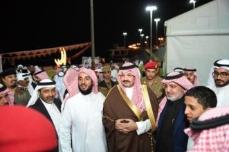 تركي بن طلال يلبي دعوة الأيتام ويشاركهم إفطارهم الرمضاني - المواطن