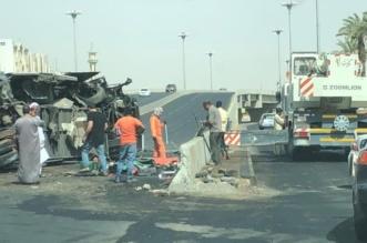 شاهد بالصور .. إصابة 36 عاملاً بحادث مروع في تبوك - المواطن