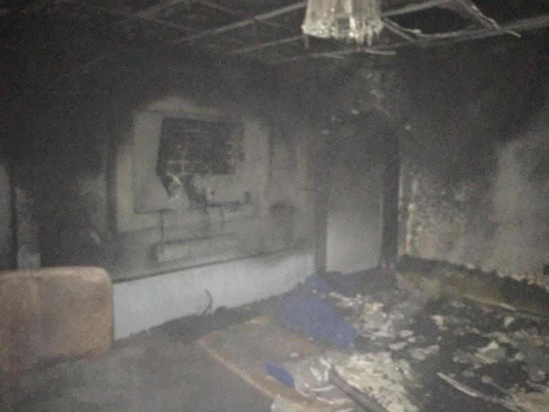 بالصور.. 5 اختناقات في حريق منزل شعبي بالمدينة - المواطن