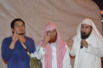 فلبيني يشهر إسلامه في تعاوني بيش - المواطن