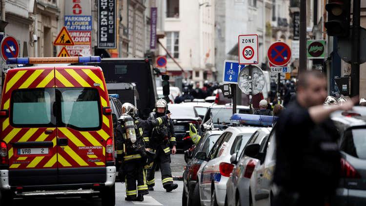 طعن في باريس ومقتل المنفذ