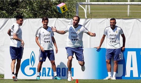 الأرجنتين ضد كرواتيا .. 3 تغييرات في تشكيلة التانغو
